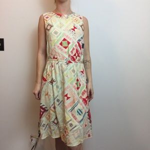 & Other Stories Colorful Retro Printed Shift Dress